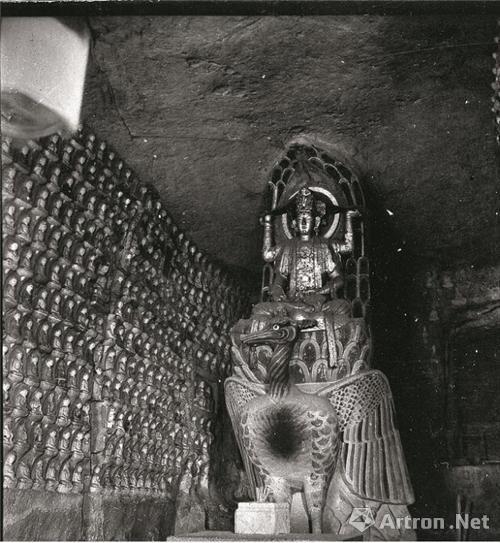"""北山佛湾第155号""""孔雀明王窟""""中国营造学社拍摄1940年年年"""