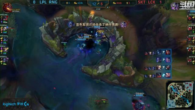 湾湾网友热议RNG击败SKT:这个诺手超废物,被军训的爽吗?