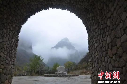 """太行山深处的山西神龙湾村原生态风情如""""世外桃源"""""""