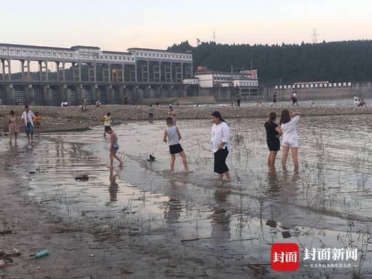 """""""遂宁马尔代夫""""一周内1死2失踪 警示牌成摆设"""