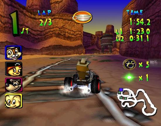 """当时他们玩的""""开车""""游戏可能是《迪士尼主题公园赛车》——这是我根据外孙的描述推理出来的"""