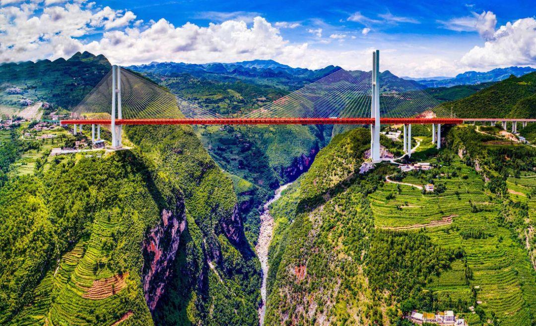 为何老司机超爱贵州?10条藏着世界级风景的仙境公路告诉你
