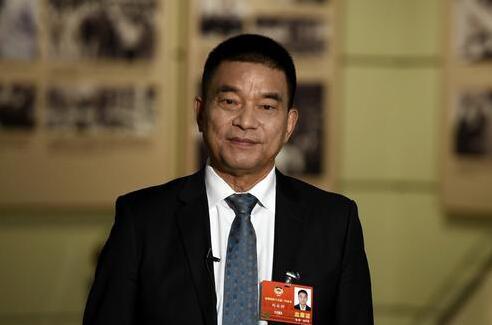 创业故事|曾经的中国首富刘永好