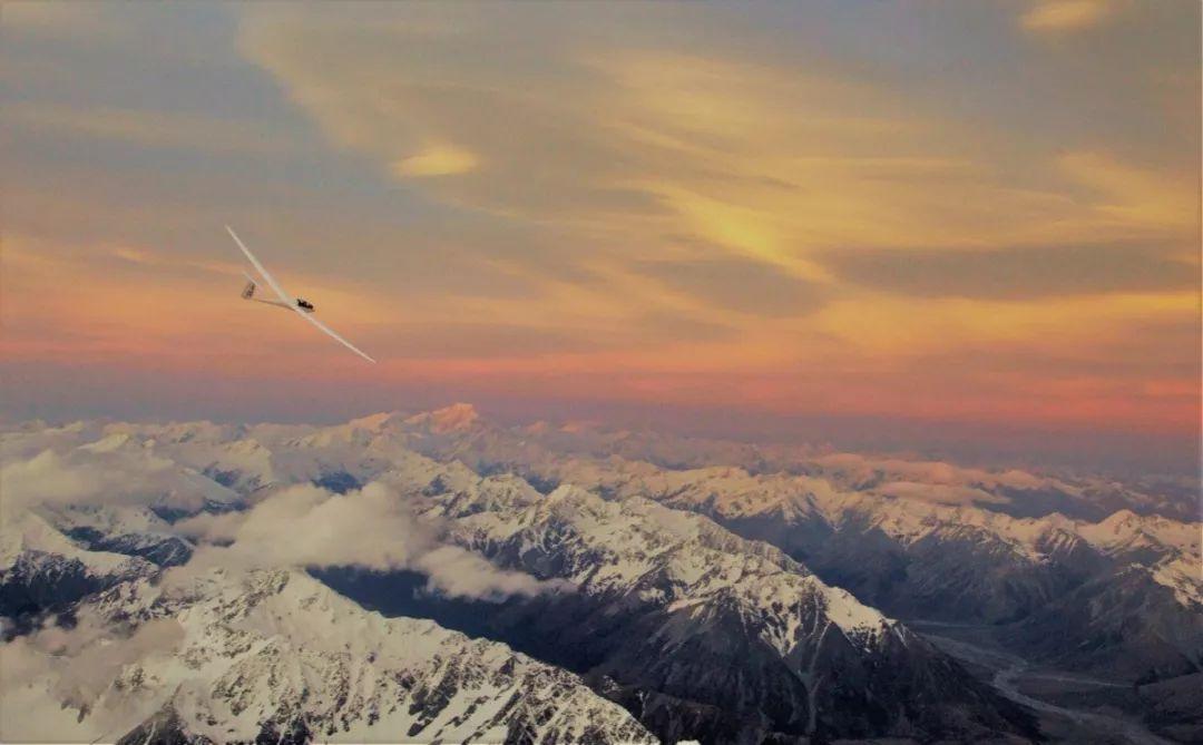 当滑翔机机长、开挖掘机、这才是你打开新西兰南岛的正确方式