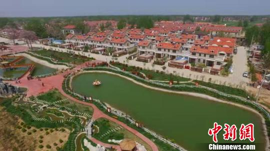 图为风景如画的兰考县桐乡街道盆窑村。兰考官方供图