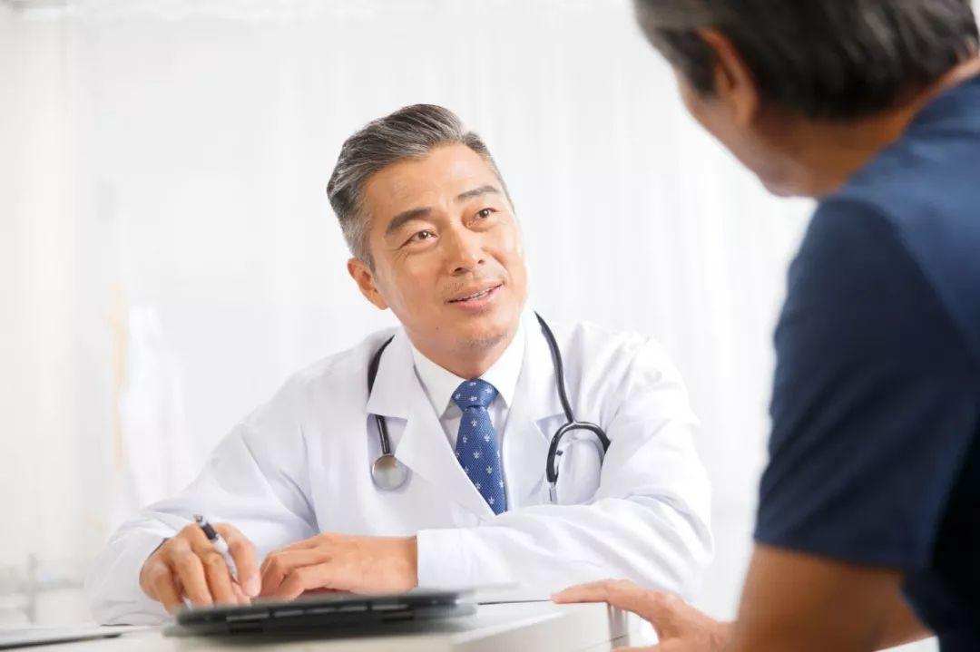 """这3种癌症""""特喜欢""""35岁后的男人,建议尽早这3个检查"""