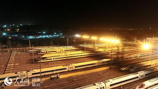 新增高铁列车8对 明年起中铁郑州局将启用新列车运行图