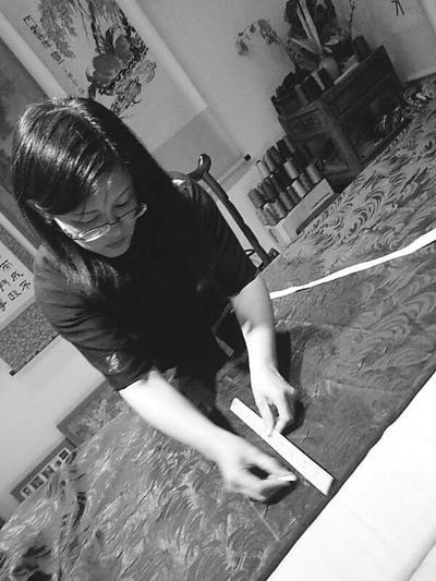 【回忆过去】传统旗袍精髓不该被遗忘!梅子:用时光缝制优