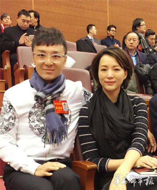董卿和傅琰东春晚搭档 文代会上不谈春晚