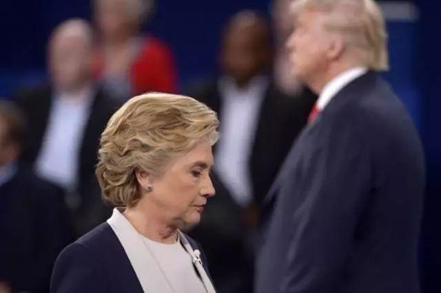 希拉里败北背后是美国民众对精英政客的不信任不耐烦 - 常青樹 - 常青樹的慱客