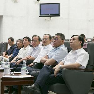 北京市新闻出版广电局局长杨烁等参会领导