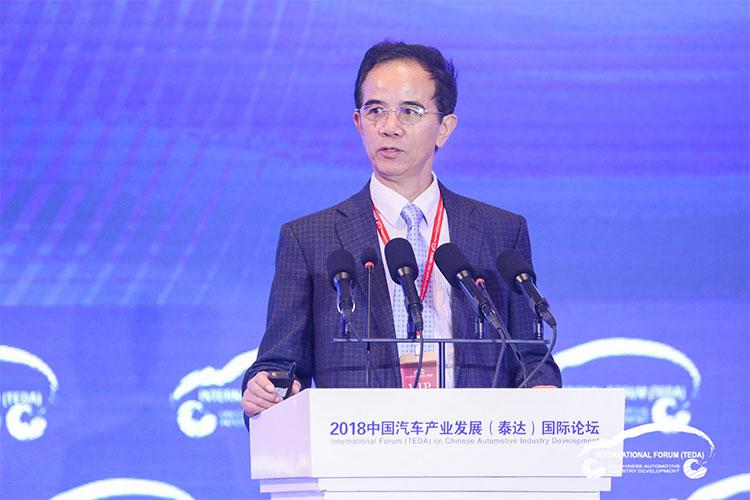 孙逢春:新能源汽车标准续驶里程是忽悠老百姓