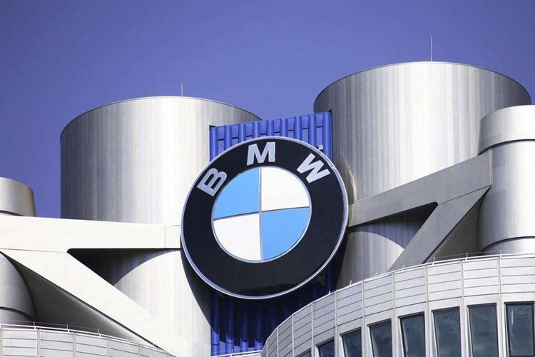 宝马汽车今年在汽车业务方面预计销售额将略低于上一年度