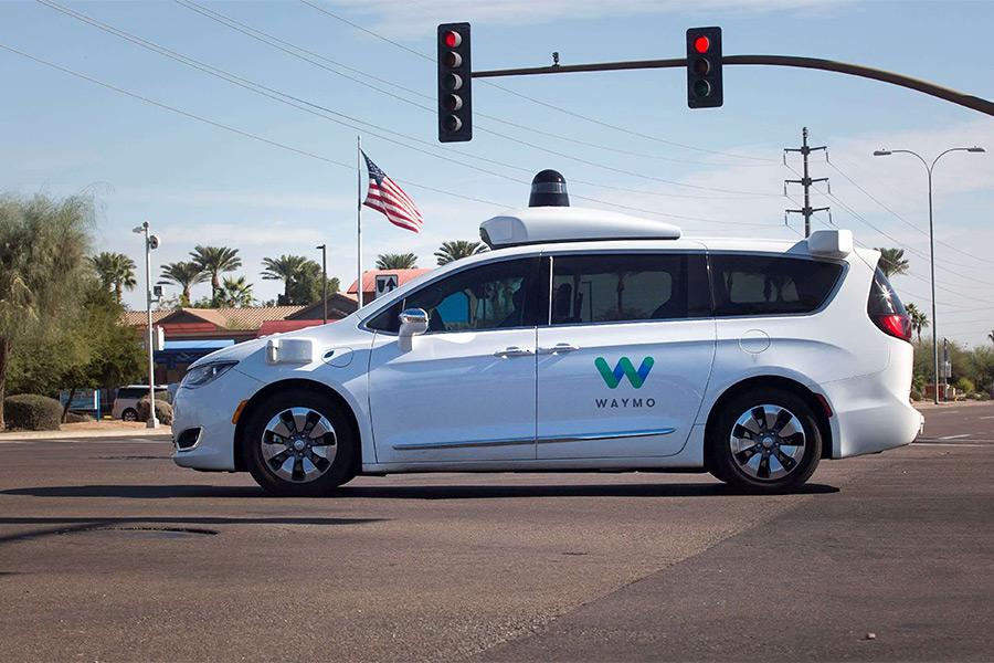 全球首个无人驾驶服务在美国试运行 司机失业只是时间问题