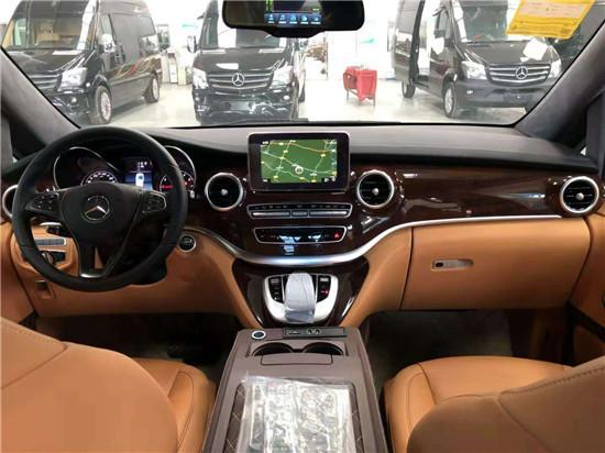 江西南昌奔驰v260改装商务车配置价格表    电话15088779054