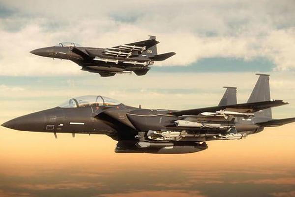 """美代理防长这样议论F-35:""""完犊子了!"""""""