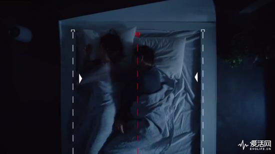 """福特造了张床让你们睡觉时也能保持""""车道"""""""