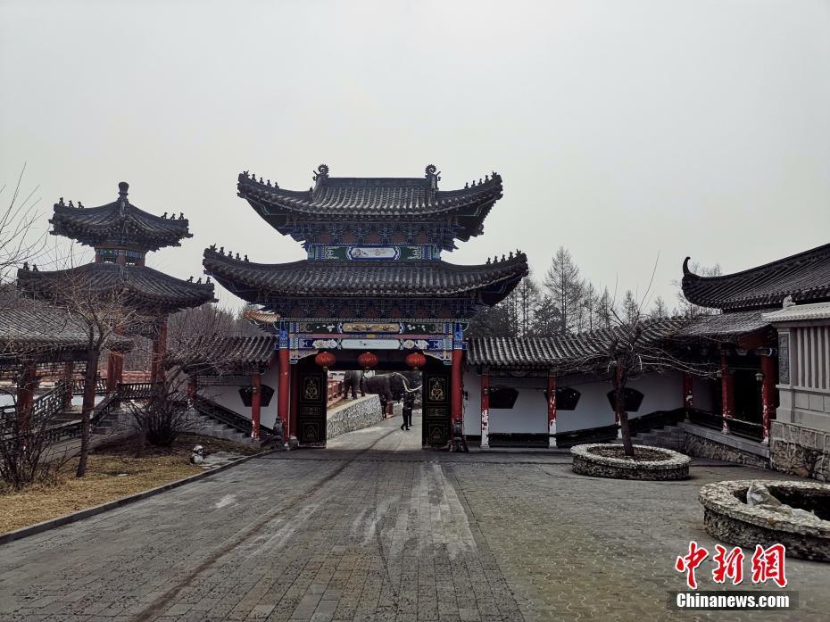 """牡丹江""""毁林私建庄园"""" 图源:中新网"""