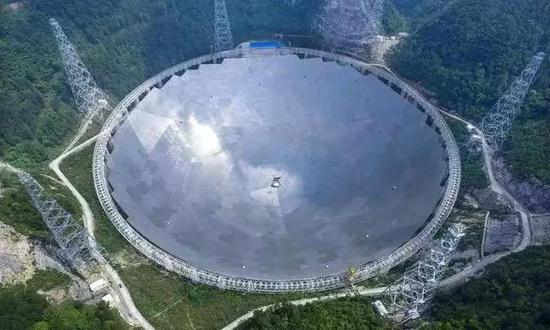 首张黑洞照片问世! 在中国这个城市发布