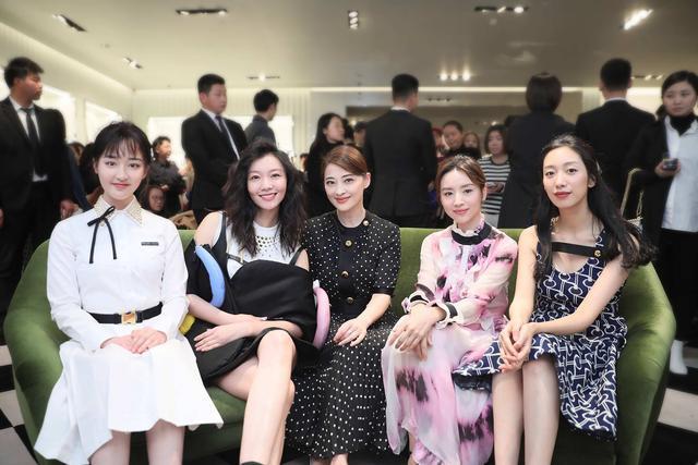 Prada Invites系列庆祝酒会