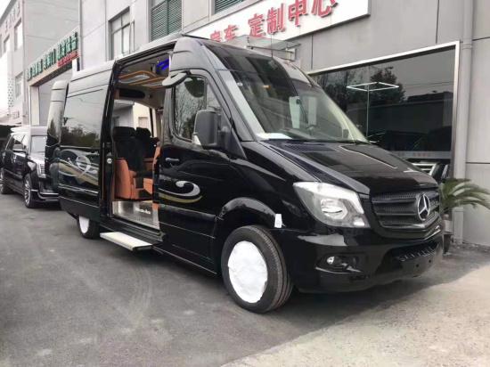 奔驰斯宾特改装商务车房车 上海定制中心
