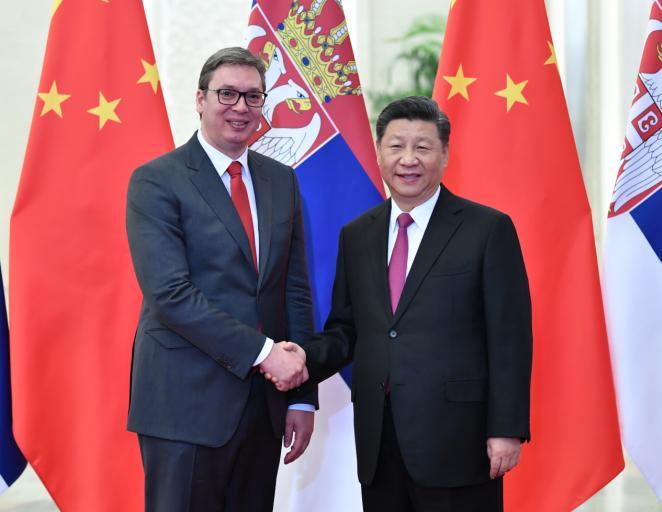 习近平会见塞尔维亚总统武契奇