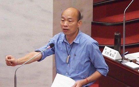 高雄巿长韩国瑜20日在高雄巿议会答询