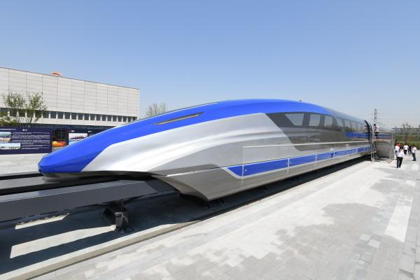 """52""""中国第一飞车""""起步:一趟京沪3.5小时快过坐飞机"""