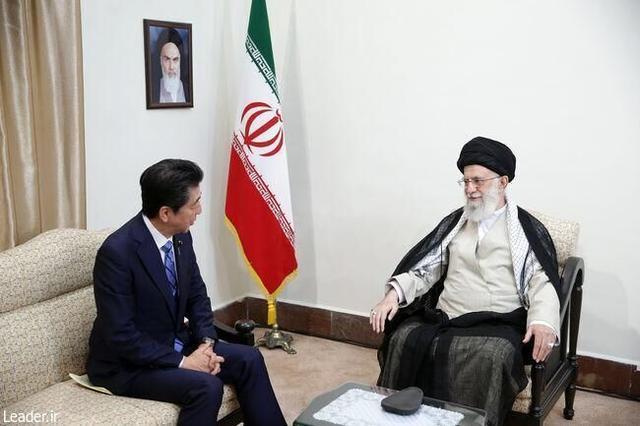 伊朗最高领袖哈梅内伊会见安倍