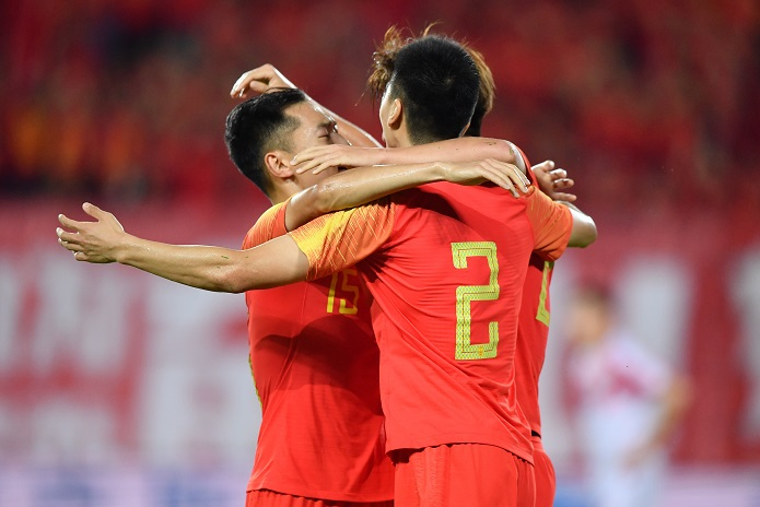 热身赛:杨旭破门后伤退,国足1-0塔吉克斯坦