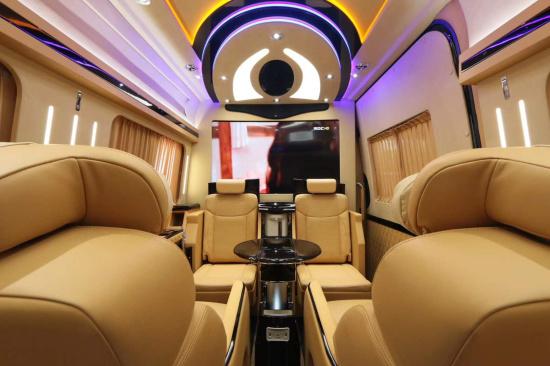 GMC商务车 凯迪拉克总统一号 GMC特工一号 林肯领袖一号 奔驰威霆 上海将策房车中心